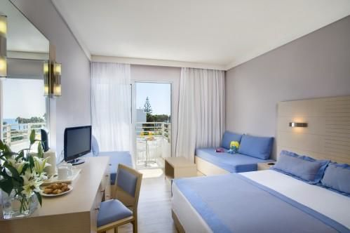Louis Ledra Beach Hotel – Standard Family Room Side Sea View
